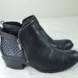 Lucky Brand Bartalino Black Leather Quilted Boots